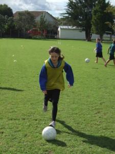 Soccer skills day 1 019